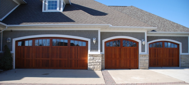 Maximizing Garage Door Design To Boast Your House Exterior